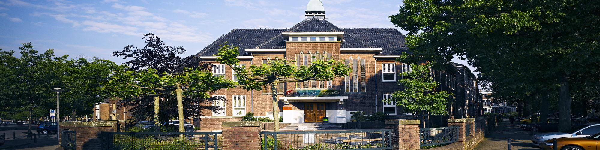 Home gebouw